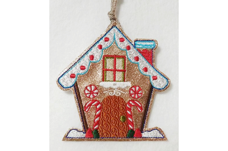 Hatch_Free_Designs_Images_800x530_Gingerbread_Houses1