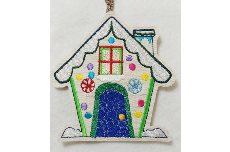 Hatch_Free_Designs_Images_800x530_Gingerbread_Houses5