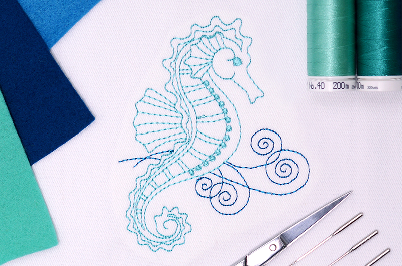 Redwork_Seahorse_Free_Designs_Images_800x530-1